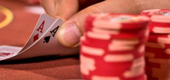 In what situations playing online poker may become harmful to you?