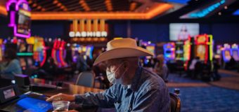 Play your hands at the Best Online Casino